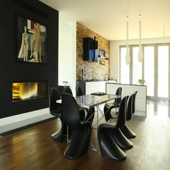 Awesome Black Swan Chairs With Glazed Table Used For Dining Room - Karbonix