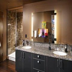 Bathroom With Mirror Lighting In Modern Style - Karbonix