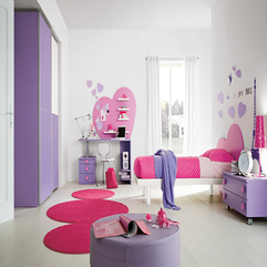 Bedroom With Round Rugs Purple Pink - Karbonix