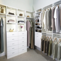 Bedroom With White Closet Shelves And Hangers Design Modern Clean - Karbonix