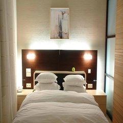 Best Good Looking Light In Bedroom - Karbonix