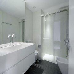 Black And White Fascinating Luxurious Apartment Design Bathroom - Karbonix