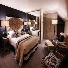 Black Wallpaper Wood Bed Innovative Inspiration - Karbonix