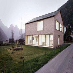 Brilliantly Minimalist Wood House - Karbonix