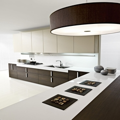 Brown Color Design Of Magika Kitchen By Pedini Modern White - Karbonix
