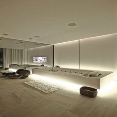 Completed With Glowing White Lights Bathroom White Bathtub - Karbonix