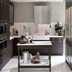 Dark Wood Classical Italian L Shaped Kitchen Design Looks Elegant - Karbonix
