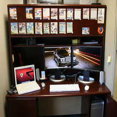 Dell Lcd Monitor White Laptop On Dark Wooden Desk Double - Karbonix