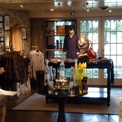 Design Interior Gorgeous Shop - Karbonix