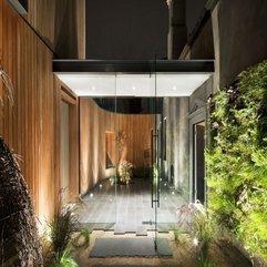 Door With Courtyard View Transparent Glazed - Karbonix
