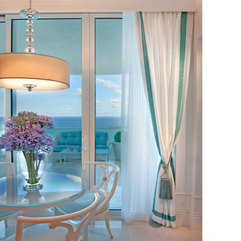 Exclusive Luxurious Chic White Turquoise Living Room Dining Area - Karbonix