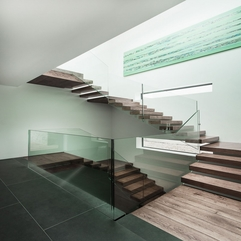 Fences For Wooden Floating Stairs On White Wall Glazed - Karbonix