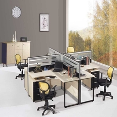 Four Working Table With Glass Partition Unique One - Karbonix
