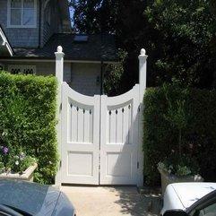 Gate Design White Wood - Karbonix