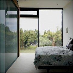 Glasses Wall Master Bedroom - Karbonix