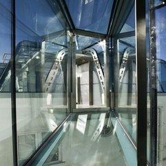 Hallway For Penthouse Transparent Glazed - Karbonix