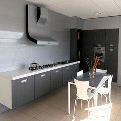 Industrial Antique Interiors Simple Modern Living Room Interiors - Karbonix