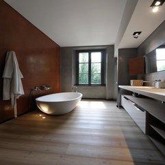Interiors Red White Luxury Bathrooms - Karbonix