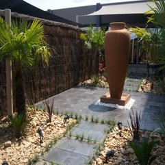 Landscaping Ideas Courtyard Chic Ideas - Karbonix
