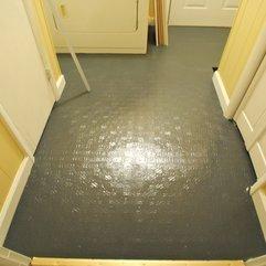 Linoleum Flooring Image Installation - Karbonix