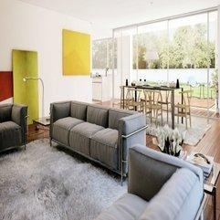 Living Dining With Fur Carpet Cozy - Karbonix