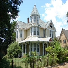 Lovely White Rustic Second Empire Mansard Style Victorian House - Karbonix