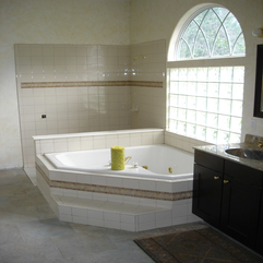 Marvelous White Garden Tub With Chic Chrome Faucet And Lovable - Karbonix