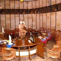 Moldova Underground Wine Cellar Tasting Room Milestii Mici - Karbonix