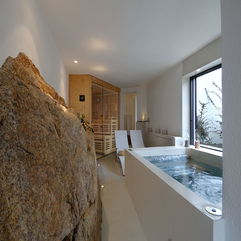 Near Glass Window Big Rocks White Bathtub - Karbonix