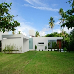 Of Casa Carqueija With Coconut Trees Frontyard - Karbonix