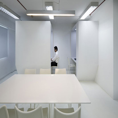 Office Space Design White Room - Karbonix
