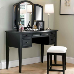 Organizing The Makeup Vanities With Black Color How - Karbonix