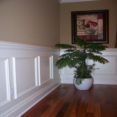 Picture White Wainscoting - Karbonix