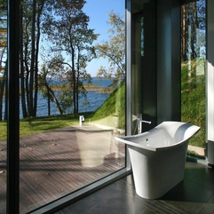 Placed Glazed Corner With Lake View White Bathtub - Karbonix
