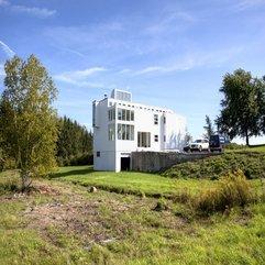 Richard Meier Beach House Modern Classic - Karbonix
