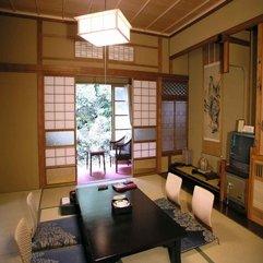 Room Japanese Family - Karbonix
