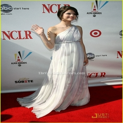 Selena Gomez Gorgeous White One Shoulder Prom Dress 2008 ALMA - Karbonix