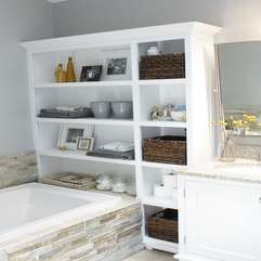 Small Bathrooms Classically Storage - Karbonix