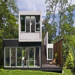 Small Residence Backyard Noyack Creek - Karbonix