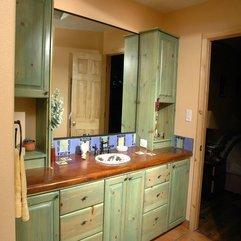 Storage With Mirror Stylish Bathroom - Karbonix