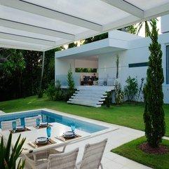 Table Backyard White Dining - Karbonix