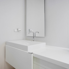 Under Mirror Bathroom Corner White Washbasin - Karbonix