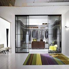 Walk In Wardrobe With Doors Beautiful Luxurious - Karbonix