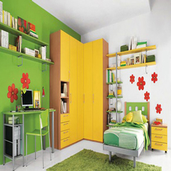 Wallpaper Small Kids Room In Green - Karbonix