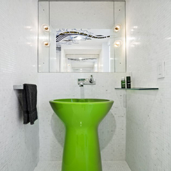White Apartment Bathroom Design - Karbonix