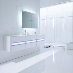 White Bathroom Timticks Interior Design - Karbonix