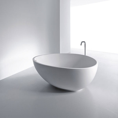 White Bathtub Exotic Elegant - Karbonix
