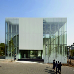 WHITE BLOCK GALLERY BY SSD ARCHITECTURE A AS ARCHITECTURE - Karbonix
