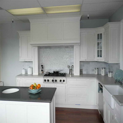White Kitchen Gallery With Grey Countertop Get Inspiration - Karbonix