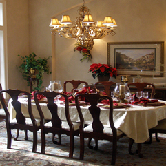 Wonderful Dining Table Setting In Classic Elegant Festive Red And - Karbonix